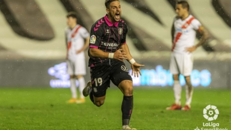 Rayo Vallecano 0-1 CD Tenerife. Chirigota en Vallecas